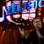 Music lo show di Paolo Bonolis con Checco Zalone e Gigi D'Alessio