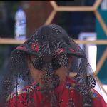 Grande Fratello Vip puntata undici, Cristiano Malgioglio piange tra le braccia di Mara Venier