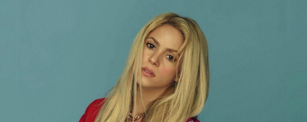 Shakira, emorragia alle corde vocali: tour europeo rimandato