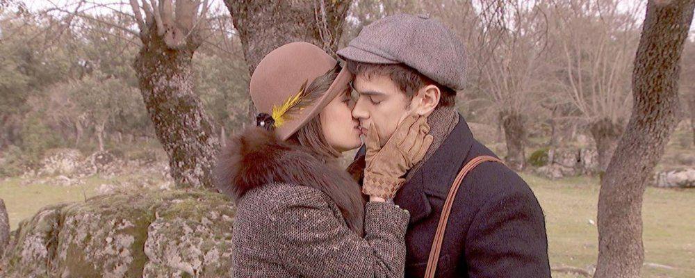 Il segreto in prima serata, anticipazioni del 31 gennaio: Matías e Beatriz si abbandonano all'amore