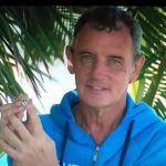 Craig Warwick all'Isola per pagare le cure al compagno malato di tumore