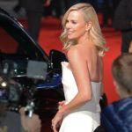 Charlize Theron ingrassata 22 chili per un film: 'Mi è venuta la depressione'