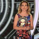 Barbara D'Urso casalinga canterina su Instagram nel promo di Pomeriggio Cinque