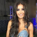 Elisabetta Gregoraci supersexy a Battiti Live: sul palco senza biancheria