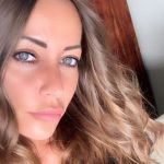 Karina Cascella in lacrime per la proposta di matrimonio