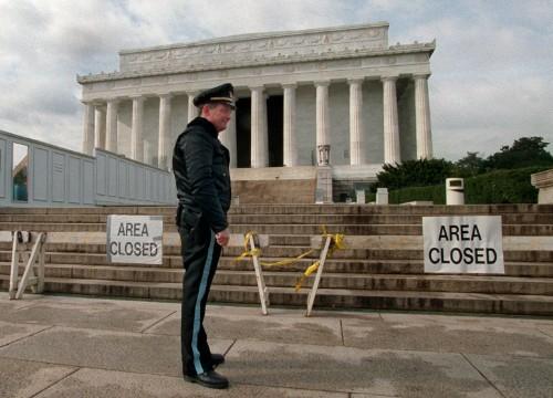 Lo shutdown degli Usa in 8 punti