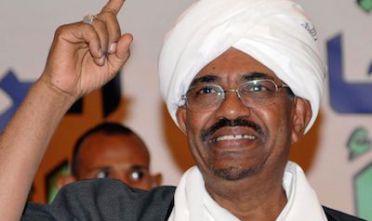 http://espresso.repubblica.it/plus/articoli/2015/04/09/news/sudan-ora-omar-al-bashir-cerca-il-dialogo-con-usa-e-arabia-saudita-1.207498