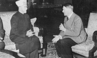 L'incontro del 1941 fra al-Husayni e Hitler. Credit: Bundesarchiv, Bild 146-1987-004-09A / Heinrich Hoffmann / CC-BY-SA 3.0