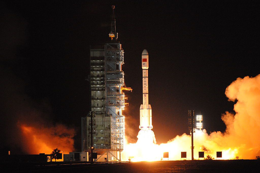 JIUQUAN, CHINA - SEPTEMBER 15:  The Tiangong-2 space laboratory blasts off from Jiuquan Satellite Launch Center on September 15, 2016 in Jiuquan, Gansu Province of China. China launched the Tiangong-2 space laboratory which was lifted by the Long March 2F carrier rocket on Thursday night at Jiuquan Satellite Launch Center.  (Photo by VCG/VCG via Getty Images)