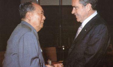 Mao Zedong e Richard Nixon a Pechino (Foto: AFP/Getty Images).