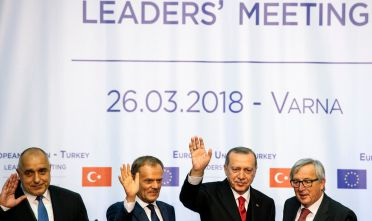 (L-R) Bulgarian Prime Minister Boyko Borissov, European Union President Donald Tusk, Turkish President Recep Tayyip Erdogan and European Commission chief Jean-Claude Juncker pose for a photo after their joint news conference - part of the EU-Turkey summit - in Varna on March 26, 2018. / AFP PHOTO / DIMITAR DILKOFF        (Photo credit should read DIMITAR DILKOFF/AFP/Getty Images)