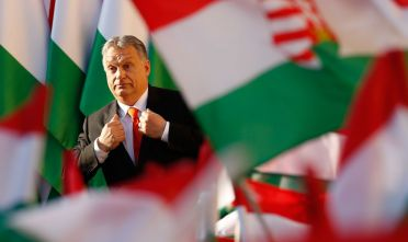 SZEKESFEHERVAR, HUNGARY - APRIL 06: Hungarian Prime Minister Viktor Orban attends his Fidesz party campaign closing rally on April 6, 2018 in Szekesfehervar, Hungary. Hungary will hold a parliamentary election on April 8, 2018.  (Photo by Laszlo Balogh/Getty Images)
