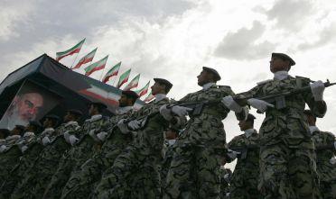 Soldati iraniani durante una parata militare a Teheran, 2013 Foto: BEHROUZ MEHRI/AFP/Getty Images).