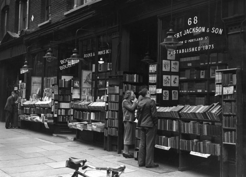 27th June 1938:  Exterior of an Albert Jackson and Sons bookshop, Charing Cross Road, London.  (Photo by Keystone/Getty Images)