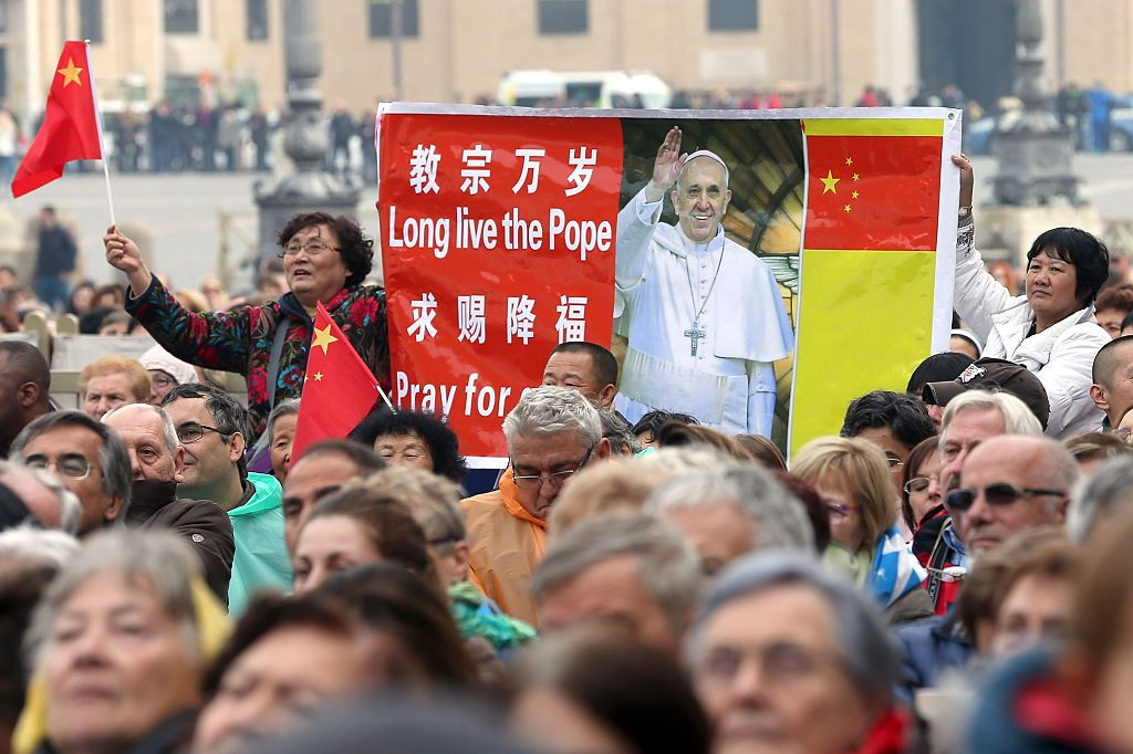 VATICAN CITY, VATICAN - NOVEMBER 26:  Pilgrims from China attend Pope Francis' weekly audience in St. Peter's Square on November 26, 2014 in Vatican City, Vatican. During today's General Audience Pope Francis told pilgrims the Church is on a continuing journey towards heaven.  (Photo by Franco Origlia/Getty Images)