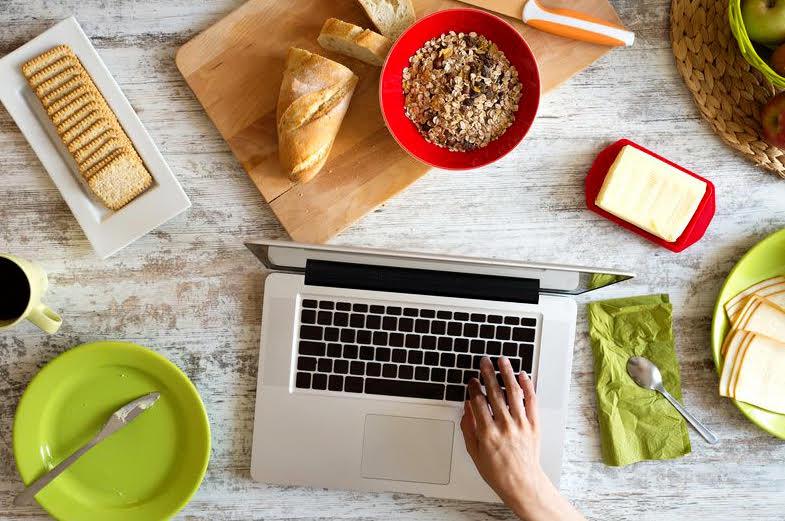 Pausa Pranzo Ufficio : Pausa pranzo in ufficio attento alle buone maniere