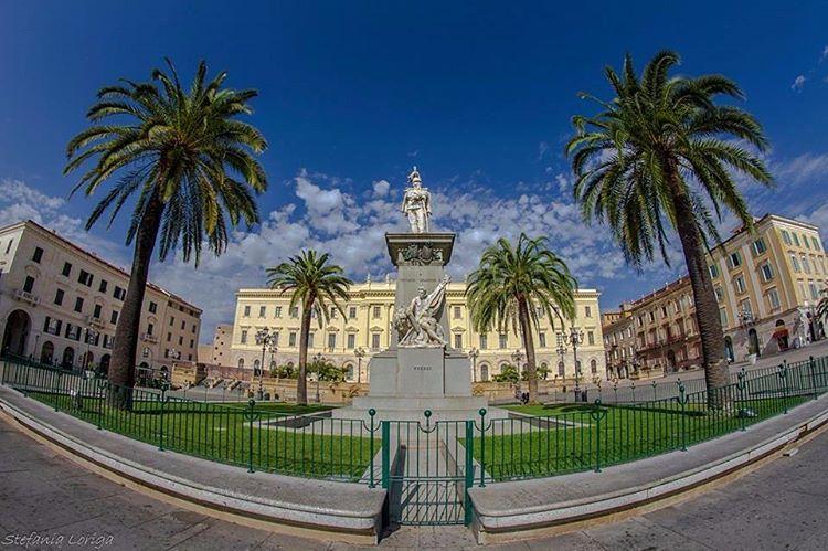 Piazza d'Italia, Sassari