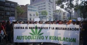 Una recente manifestazione per la depenalizzazione della marijuana a Rio de Janeiro (Voces de Rio Hondo)