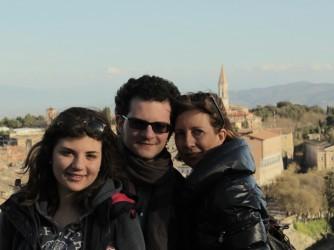 Da destra Anna Paola con i figli Eugenio e Teresa