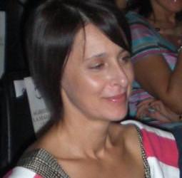 Dora Laguardia