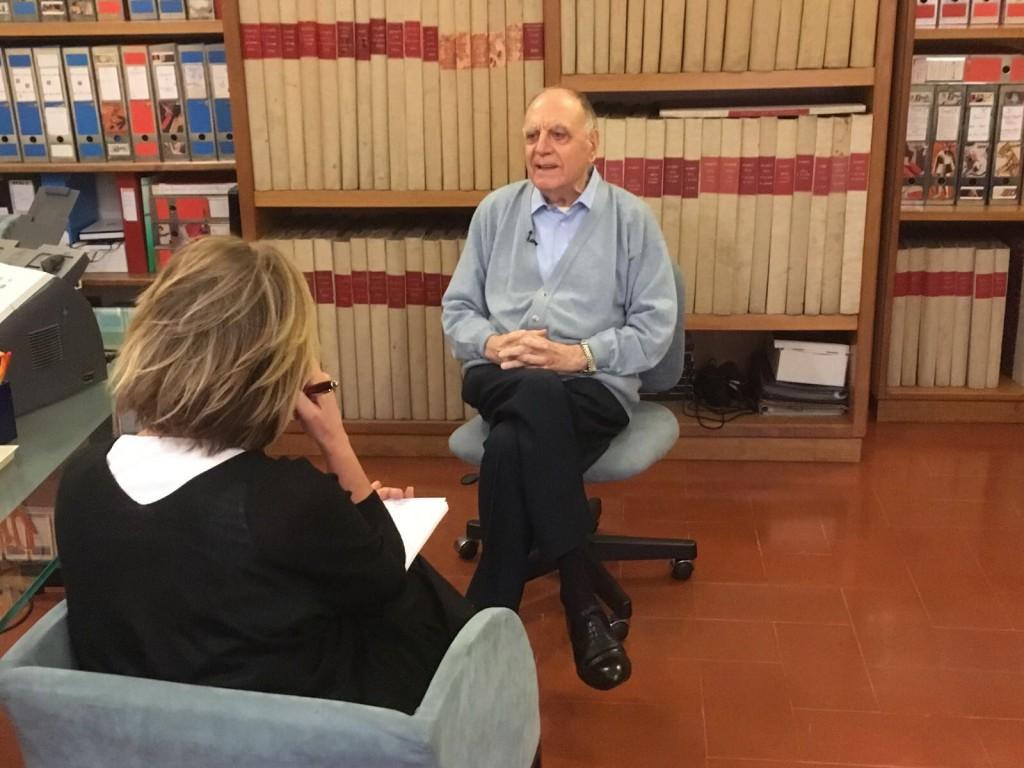 Concita De Gregorio durante il colloquio con Rino Formica