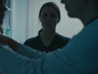 Amy Adams in una scena di Arrival