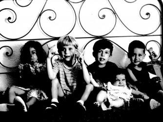 Arturo con i suoi amici d'infanzia