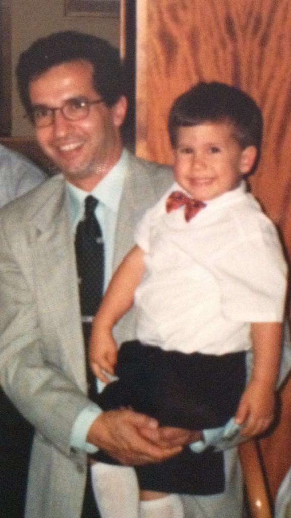 Francesco con il figlio in una foto di quasi 27 anni fa