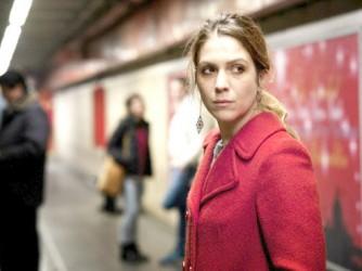 "Isabella Ragonese in una scena di ""Sole cuore amore"" di Daniele Vicari"