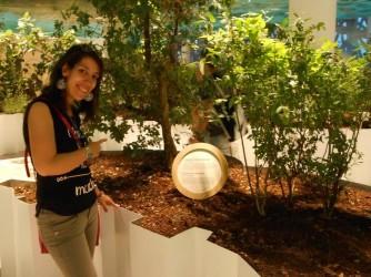 Anna Maria nel Giardino della biodiversità a Palazzo Italia Expo 2015