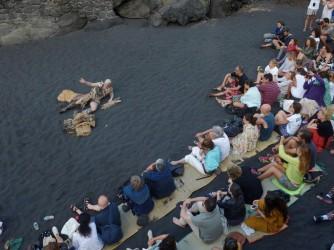 Uno spettacolo sulle pendici del vulcano, a Stromboli, la scorsa estate