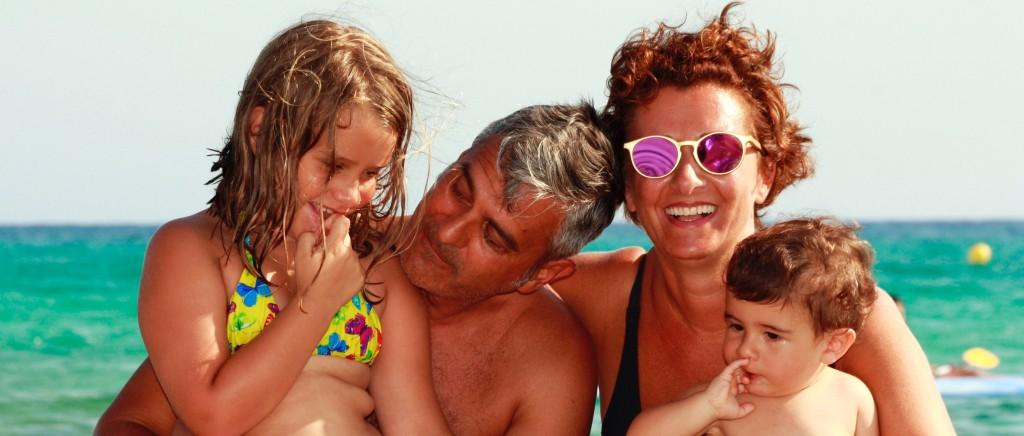Roberto e Simona con i loro figli Sofia e Leonardo