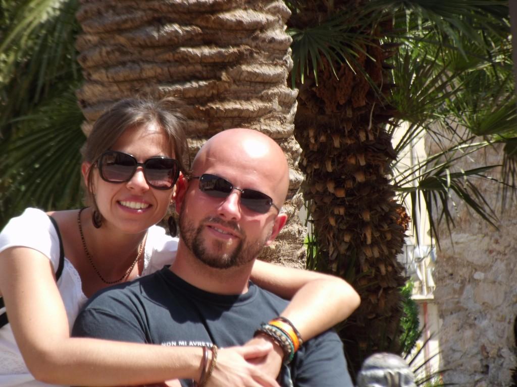 Emanuela e Massimo si amano anche se per lavoro sono distanti