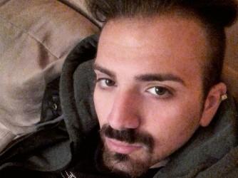 Alessandro, 24 anni, ha deciso che non si possono sacrificare diritti in cambio di soldi