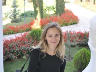 Virginia vive e lavora in Tajikistan