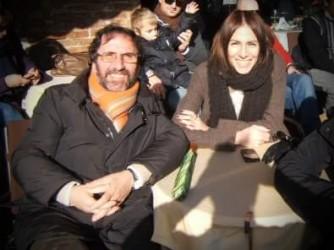 Paola con il padre sorridente, il sorriso che porta nel cuore
