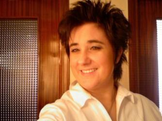 Monica in una foto di qualche tempo fa, quando ancora riusciva a sorridere