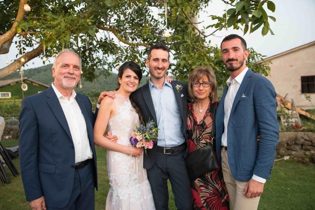 Da sinistra Stefano, Laura (la moglie del primo figlio Marco), Marco, Dea e Emanuele