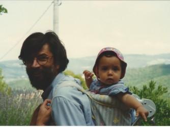 Maddalena e il suo papà in una foto di tanti anni fa