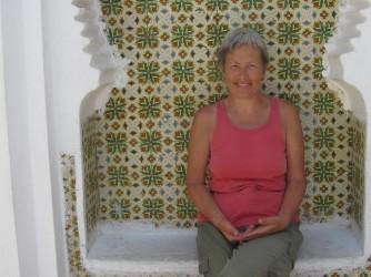 Lucia fotografata in uno dei suoi viaggi