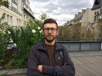 Mario osserva l'Italia da Parigi dove lavora all'università