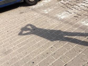 L'ombra di Angela, foto simbolica del suo stato d'animo da sempre