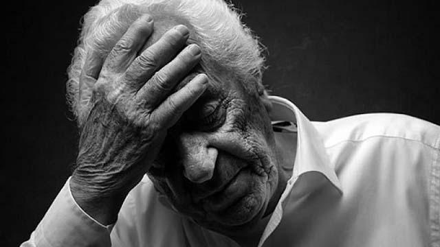 anziano alzheimer