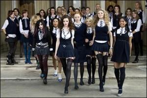 Uniformi scolastiche &;inappropriate&;