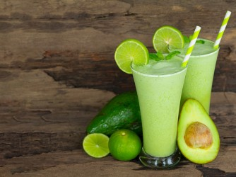 Avocado smoothies juice