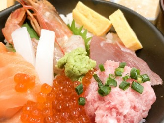 Japanese food, raw fishes, called sashimi, on the rice