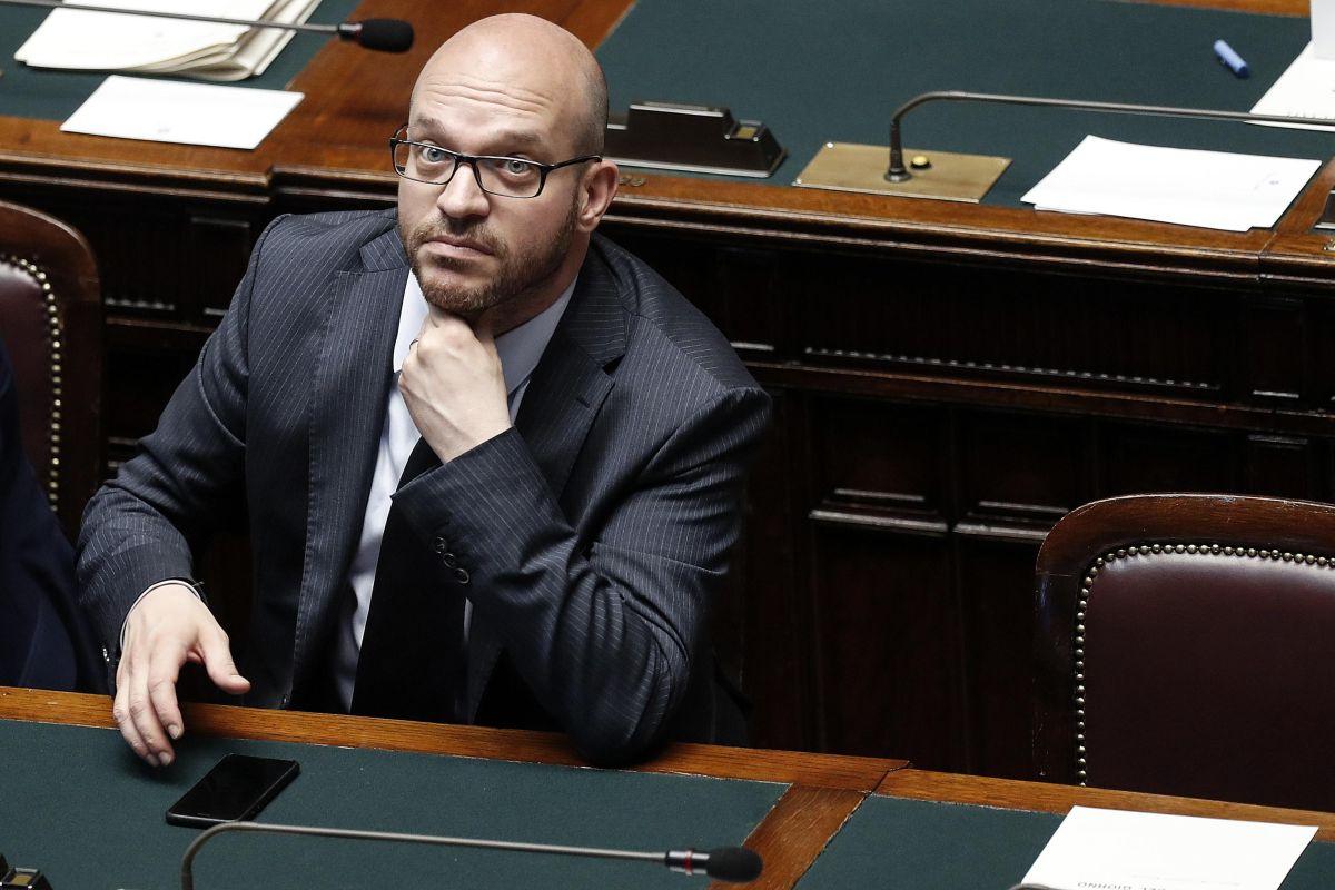 Governo: Camera: al via in Aula dibattito su fiducia