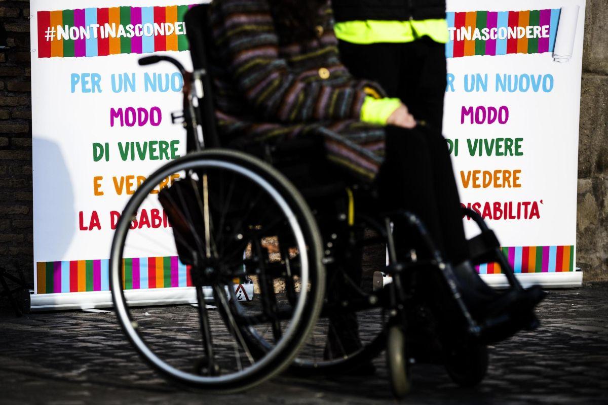 Lega non vota r.cittadinanza senza soldi per disabili