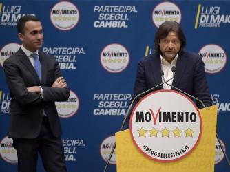 Luigi Di Maio con il candidato Salvatore Caiata, presidente del Potenza calcio