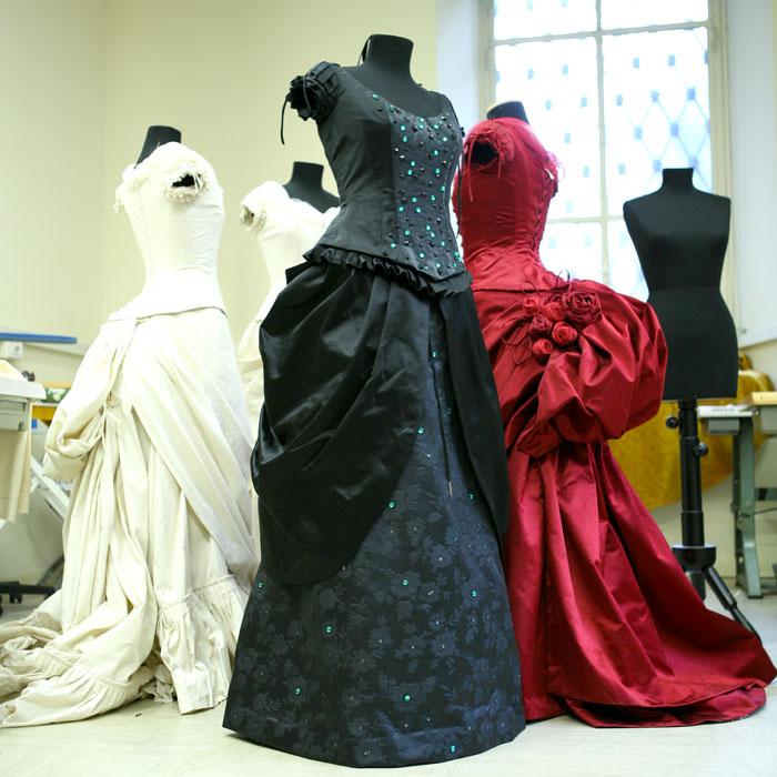 I costumi realizzati per la mostra (foto di Siria Chiesa)